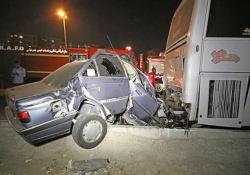 دو نفر در تصادف پژو با اتوبوس در مغان جان باختند