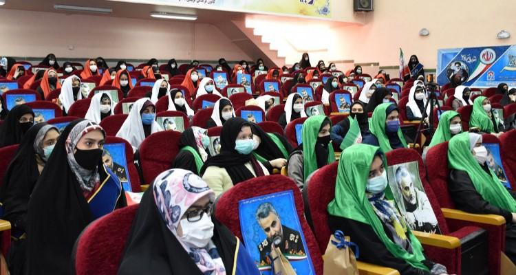 جشن انقلاب و گرامیداشت روز مادر در اردبیل برگزار شد+عکس
